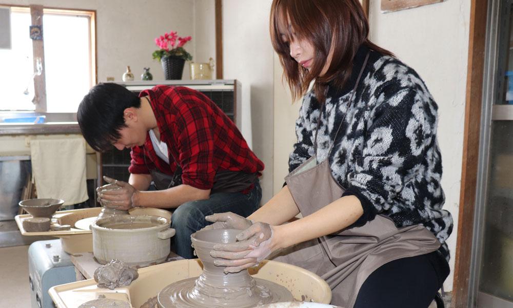 陶芸ろくろ ぺア湯呑作り体験