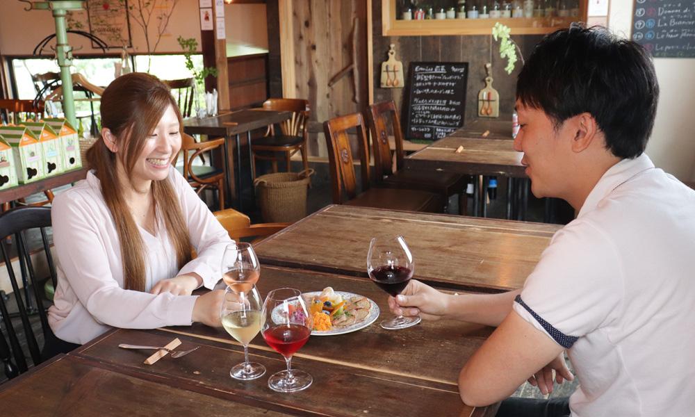 自然派ワイン 飲み比べ体験【おつまみ付】