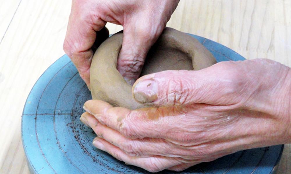 手びねり陶芸